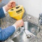 Прочистка трубы на кухне
